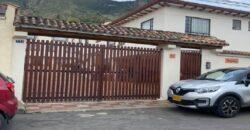 Casa Dos Pisos Sopo